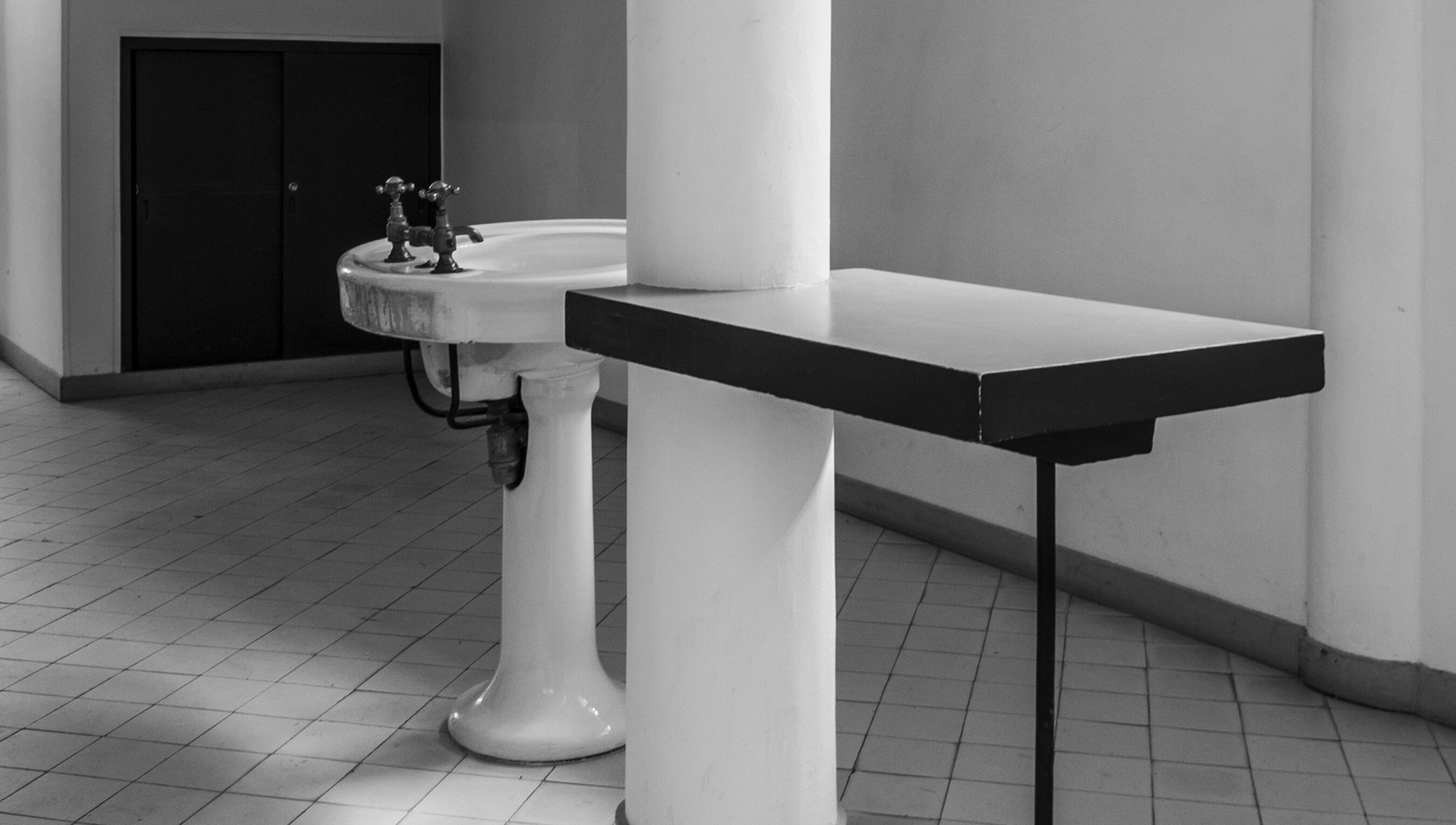 The sink in the hall: how pandemics transform architecture | Psyche