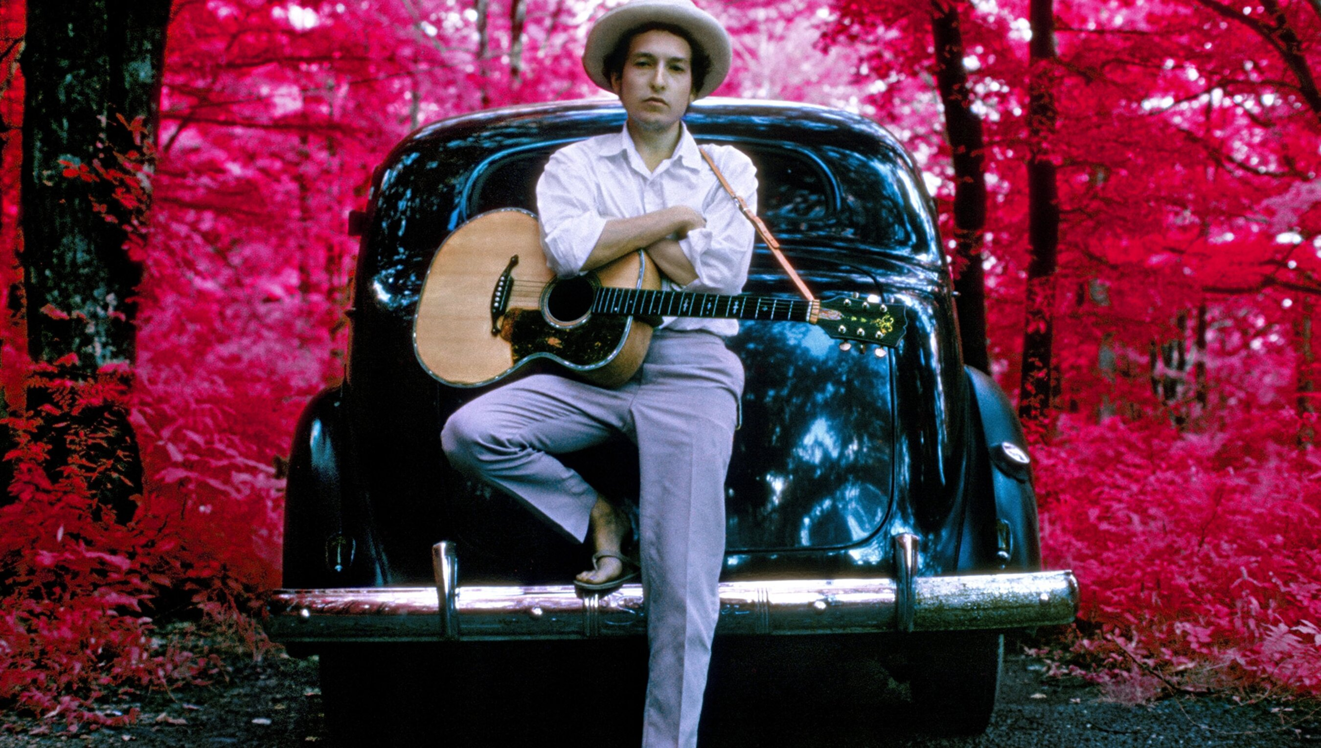 Bob Dylan turned American folk traditions into modern prophecy | Psyche